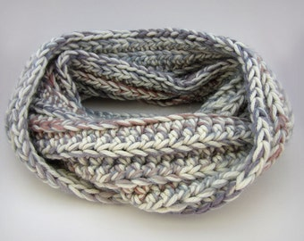 Chunky Infinity scarf, cream and blue werino wool knit scarf