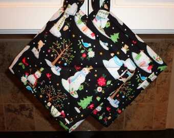 Christmas Snowmen with Silver on Very Black Quilted Potholders or Hotpads Set