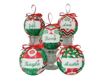 Personalized Family Ornaments, Set of Five Handmade Christmas Ornaments Home Decor Quilted Ornaments Kimekomi Ornaments by CraftCrazy4U