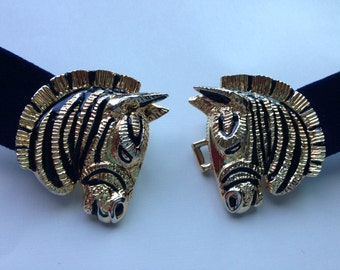 90s African chic easy belt with pleather .goldtoned buckle with Zebras butting heads