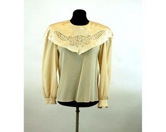 1980s blouse silk satin lace collar back button cape collar Size M