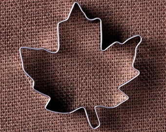 Maple Leaf Cookie Cutter, Thanksgiving Cookie Cutters, Fall Cookie Cutters, Metal Cookie Cutters, Halloween Cookie Cutters