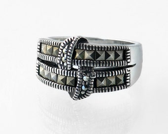 Vintage Ring   Marcasite and Sterling Silver   925 Silver - Hallmarked English Silver Ring 1980s - US ring size 5 3/8, UK ring size K 1/2