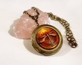 Dragonfly In Amber - An Outlander Inspired Locket