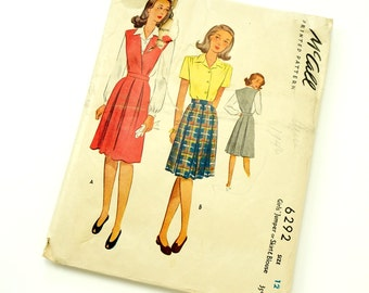 Vintage 1940s Girls Size 12 Jumper or Skirt and Blouse McCalls Sewing Pattern 6292 / bust 30 waist 25 / Missing Back Neck Facing
