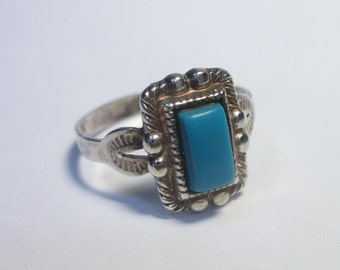 Vintage blue turquoise  stamped sterling silver ring - Size 7 - signed ESPO - 2.4 grams