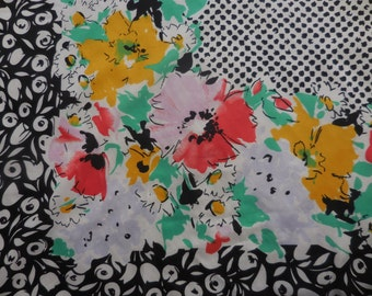 Large Bright Vintage  Scarf