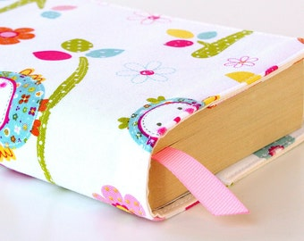 Paperback book cover for mass market books, Reusable book cover, Fabric book cover - Baby Birds
