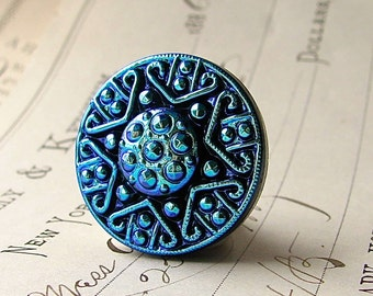 22mm round aqua star, Czech glass shankless button, hand painted, hand forged, flat back cabochon, chartreuse, royal blue