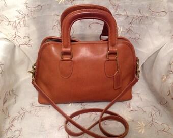 Vintage Coach Baxter Hand Shoulder Bag  British Tan Rare Preppy Traditional Back To School Fashion