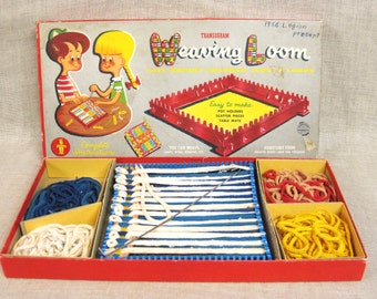Loom Toy Weaving Toy Mid-Century Toy Arts and Crafts Set Pot Holder Weaving Kit Vintage Toy DIY Kit Childrens Loom Kids Toys