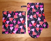 Cooking Set - Hearts - Oven Mitt - Pot Holder - Insulated - Hot Pad - Thick