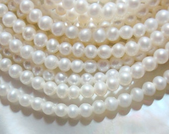 1/2 Strand, 3mm, AA Wonderful Lustrous Round Ivory White Fresh Water Pearls