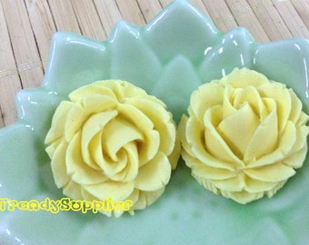 4 pcs 25mm Beautiful Yellow Rose Cabochon (002S)