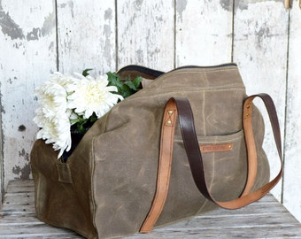 Journey Bag in Truffle, Travel and Luggage, Overnight Bag, Waxed Canvas Tote, Waxed Canvas Bag, Waxed Canvas Duffle Duffel, For Him, For Her