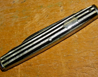 Vintage CHALLENGE Cutlery Pocket Knife with Striped Celluloid Handles  / Circa 1867-1928