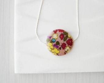 Women's Jewelry - Mother of Pearl Necklace - Flowers, Floral, Bridesmaids Gifts, Multicolor, Yellow, Red, Purple, Pink,  Blue, Artsy, Shell