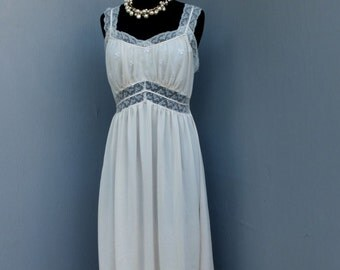 Vintage 50s/60s Lingerie, Nightgown, by Heavenly Lingerie, 34 bust, 86, Medium