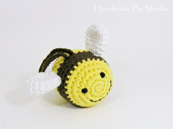 Crochet Patterns Baby Bee Yarn : Bumble Bee baby rattle crochet toy organic cotton yellow