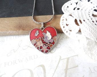 FLUTTER butterfly garden vintage heart pendant necklace (silver)