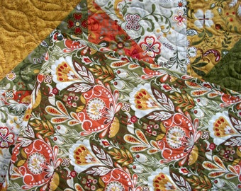 Warm Spicy Quilt Allure Fall Autumn Throw Handmade Quilted Blanket