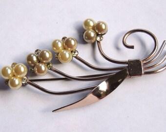 1940s Vintage Pearl Brooch Pin Flower Brooch Bouquet Vintage Jewelry