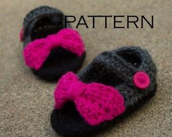 Peep Toe Baby Shoe Crochet Pattern - PDF