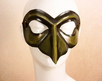 Green bird leather mask