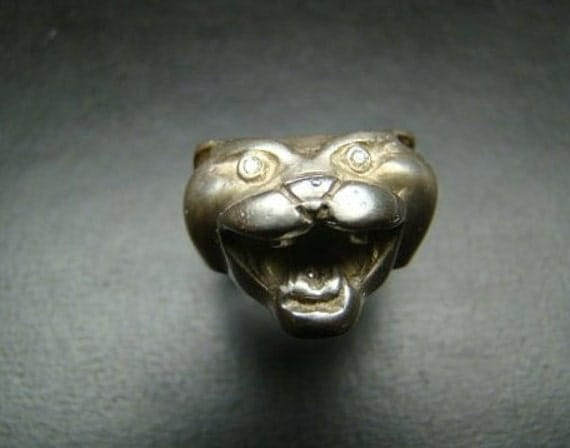 Very finely detailed Sterling Silver Panther head ring with diamonds