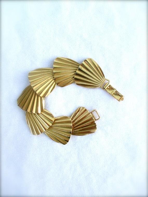 Vintage Napier Bracelet Designer Link Bracelet Shell Bracelet 60s 1960 Midcentury Fan Bracelet