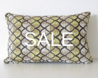 Pillow sale lattice green brown geometric lumbar pillow cover decorative pillow cover
