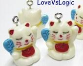 5 Maneki Neko Beckoning Cat Lucky Cat Lucite Charms. 05