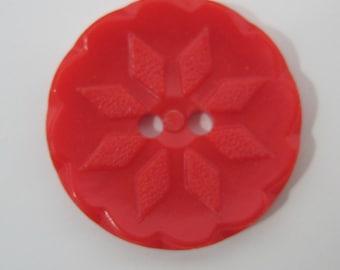 "Button Red Snowflake Vintage Plastic 0.7"" diameter"