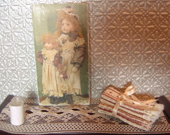 Miniature Dollhouse Two Old-Fashioned Dolls Sign One Inch Scale 1:12