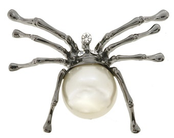 White Belly Spider Pin 1000822