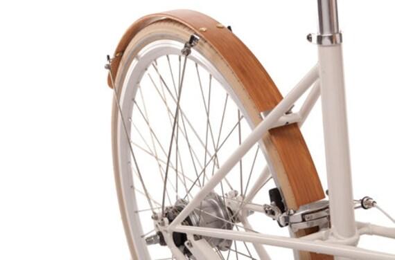 Wood Bike Fenders- Woody's hand made bicycle fenders.  Bike fenders.  Mud guards, Bamboo, Boo, recycle, bike, bike add on, commuter bike