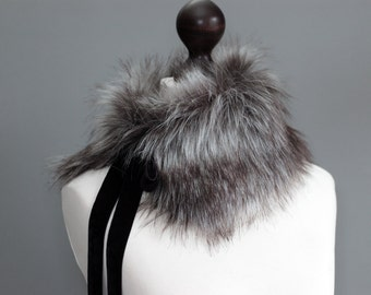 Faux fur collar in grey. Fur neck warmer. Womens fur collar. Fur scarf. Christmas gift