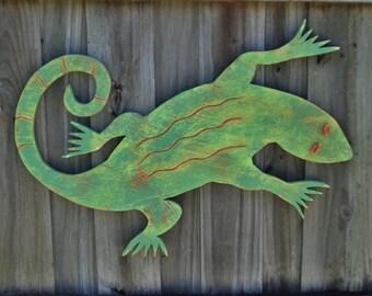 Wooden Gecko, Tropical Lizard, Rustic Wall Art, Beach House Decor