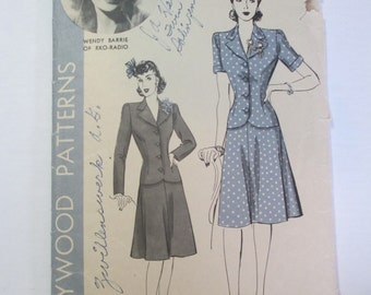 "Antique 1940's Hollywood Dress Pattern #815 - size 30"" Bust"