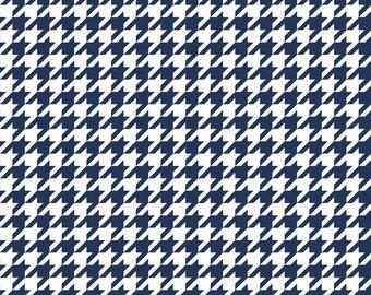 Basics Houndstooth Navy by Riley Blake Designs for Riley Blake, 1/2 yard