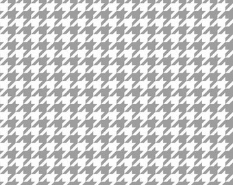 Basics Houndstooth Gray by Riley Blake Designs for Riley Blake, 1/2 yard