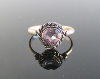 925 Sterling Silver & Amethyst HEART Ring - Size 6.25