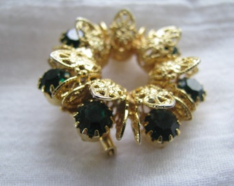 Emerald Green Brooch retro