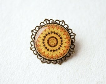 Mustard Yellow Filigree Brooch