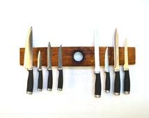 """BELEDA - """"Ganivet"""" - Wine Barrel Wall Knife Holder - 100% recycled"""