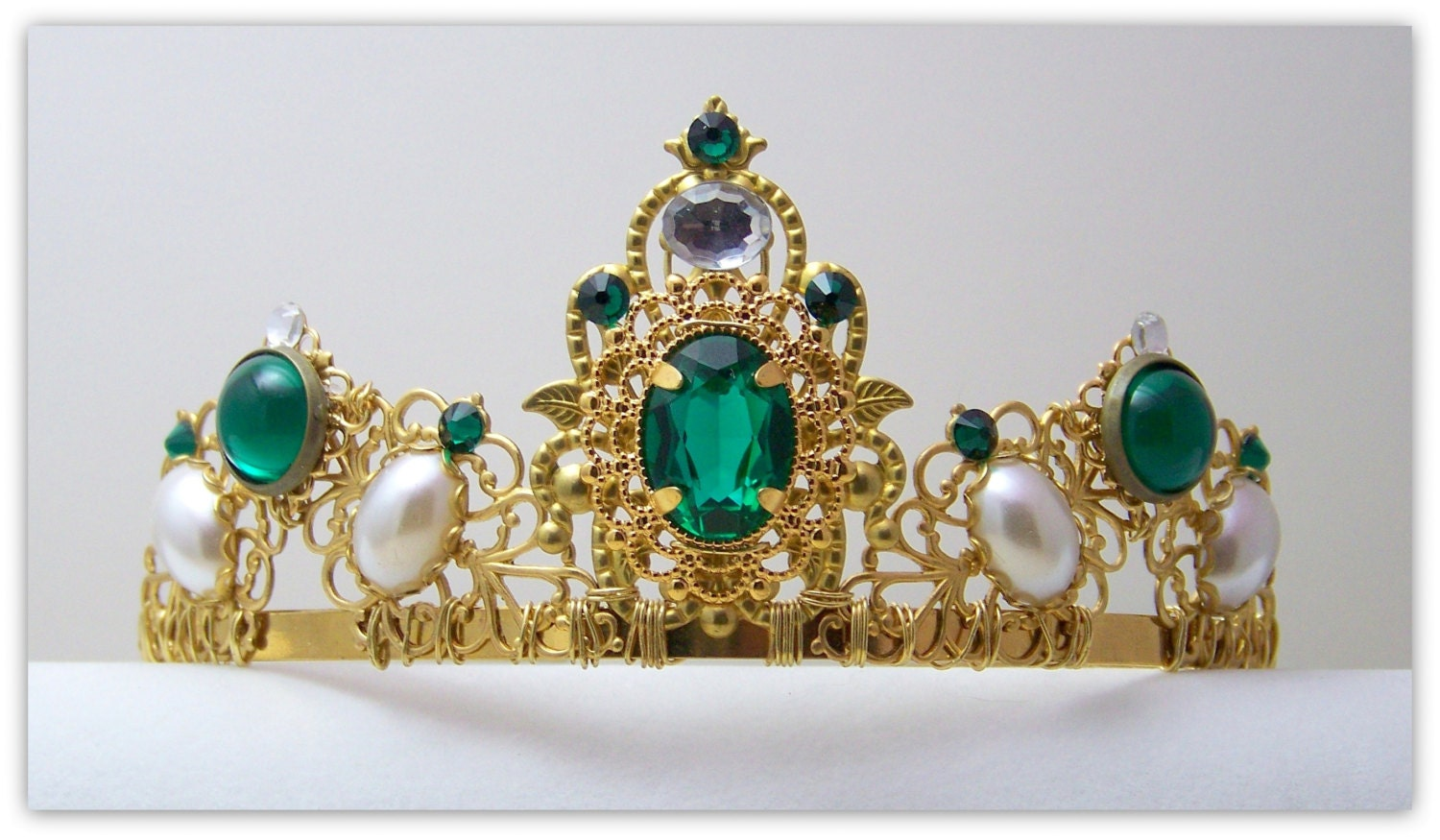 Medieval crown renaissance crown reign tiara reign crown for Mary queen of scots replica jewelry