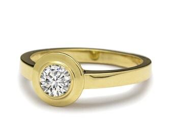 Elegant Bezel Set Diamond Engagement Ring 18k Yellow Gold
