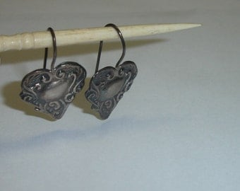 Vintage Victorian Style Sterling Silver Repousee Hearts Fixed Drop Wire Pierced Earrings