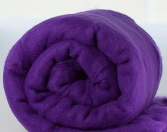 Carded Fiber Batt - Merino Wool 23micron - Violet - 7 oz