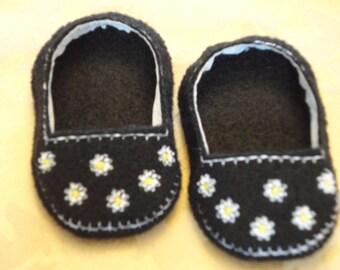 "18"" Doll Shoes  - Black Daisy Slip Ons"